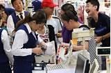 存在感増す中国 ①日本の中国人旅行者 年収690万円!?