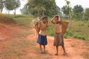 「貧しい国でも笑顔で生きている」? 自殺者は貧しい国で多いという現実