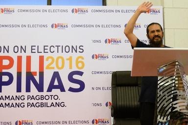 おふざけ?「宇宙大使」含む60人以上が立候補届け出のフィリピン大統領選