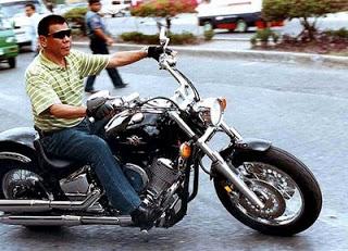 フィリピン大統領選、ドゥテルテ氏が支持率1位に躍進!