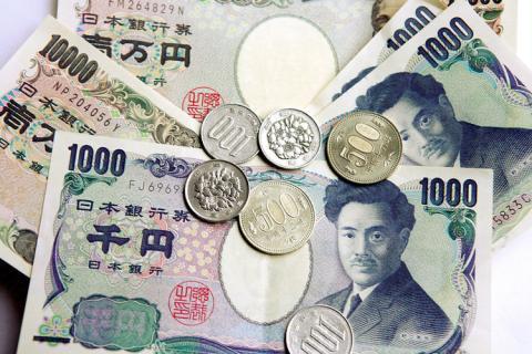 急激に見える円高「10日で1米ドル=121円→110円!」 対フィリピンペソ比では半年で「0.3720→0.4260」とじりじり上昇