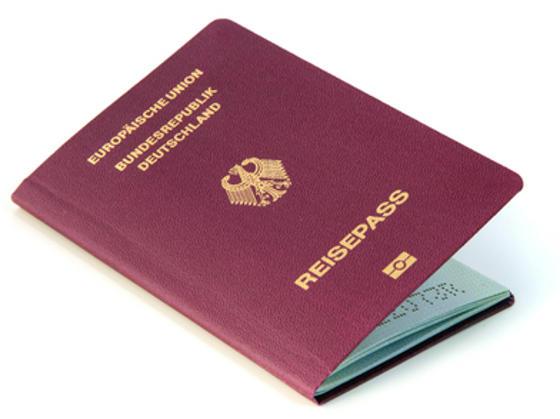 「世界最強のパスポート」はドイツ、順位を下げた日本