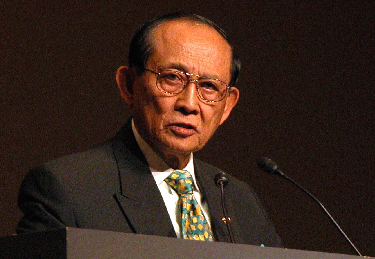 南シナ海問題の緊張緩和にフィリピン・ラモス前大統領が中国訪問